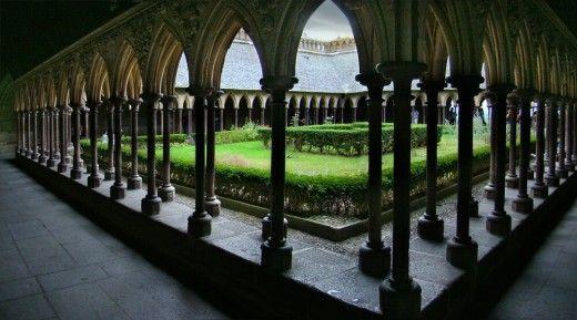 Klášter v Mont-Saint-Michel