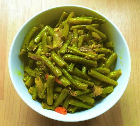 Achinga Payar Thoran Kerala Recipe