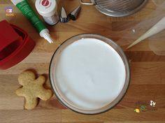 Ghiaccia Reale (glassa per dolci e biscotti) - ricetta base