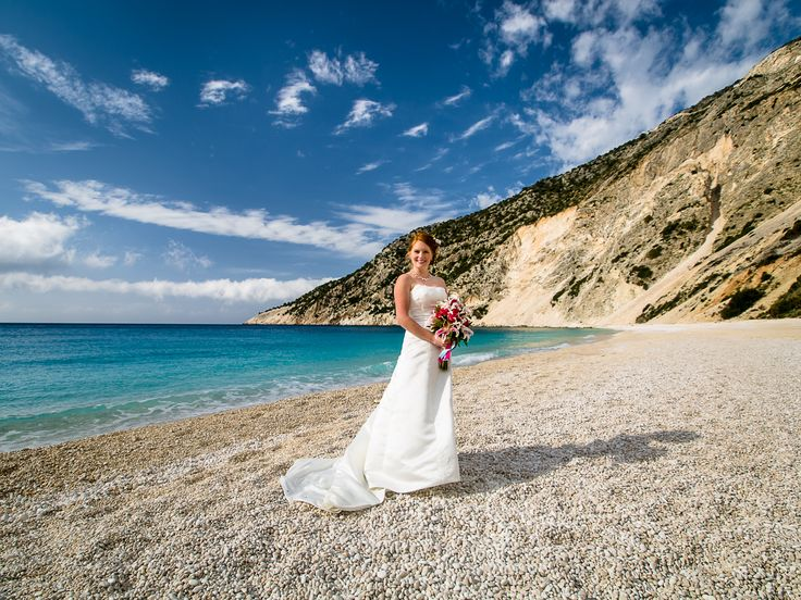 Lovely scenery  - Shiny bride  #beachwedding #weddingingreece #mythosweddings #kefalonia