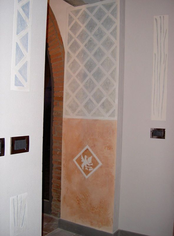 decorazioni parietali a sgraffito