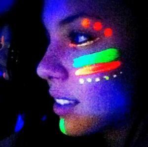 Como fazer tinta Neon