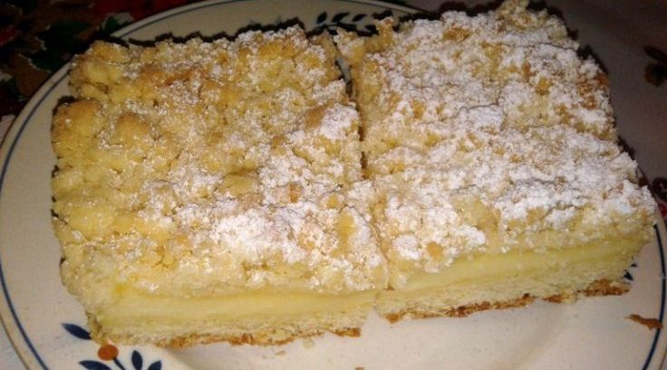 Crumble cake filled with pudding – Simply Delicious   – backen
