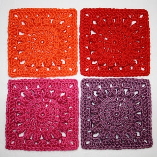 Karin on the hook: Square with Popcorn Circle - Pattern