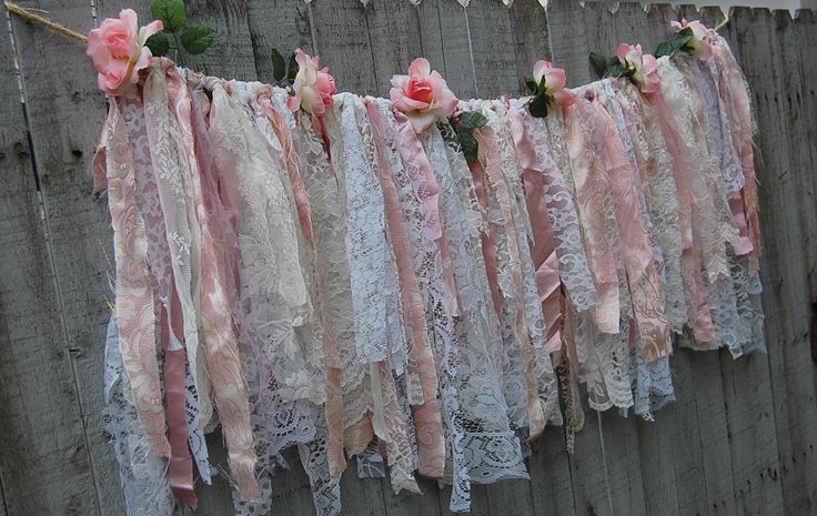 Pink and Cream Lace Garland With Pink Flowers