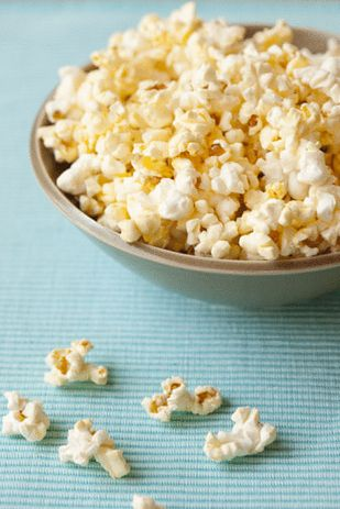 Popcorn cooked in the Philips Airfryer on 180 degrees for 3 minutes.