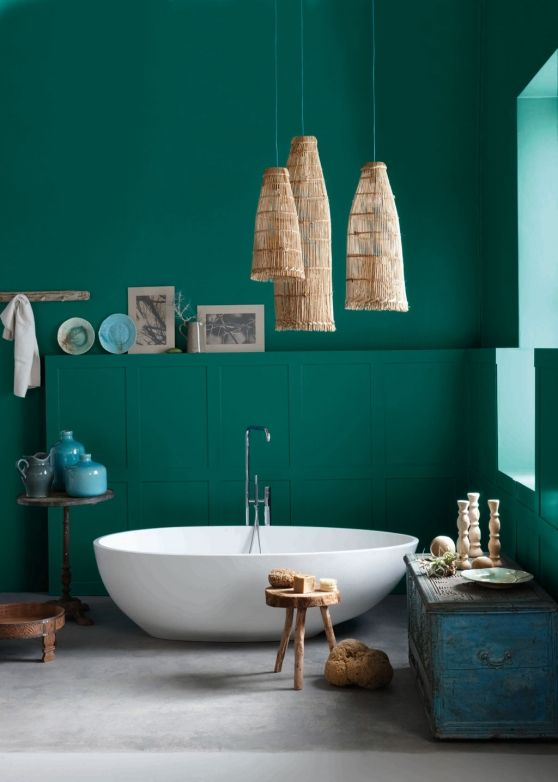 Love this emerald bathroom by Liezel Norval-Kruger VISI / Articles / One Room Two Looks