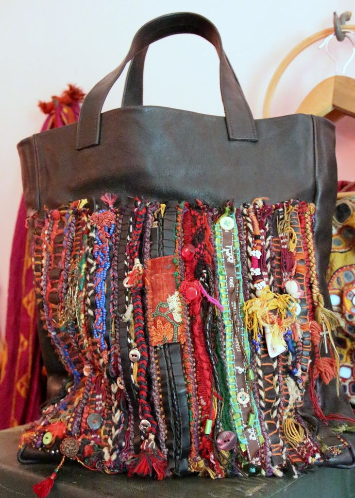 use up all those cool scraps over a worn but well-loved bag?