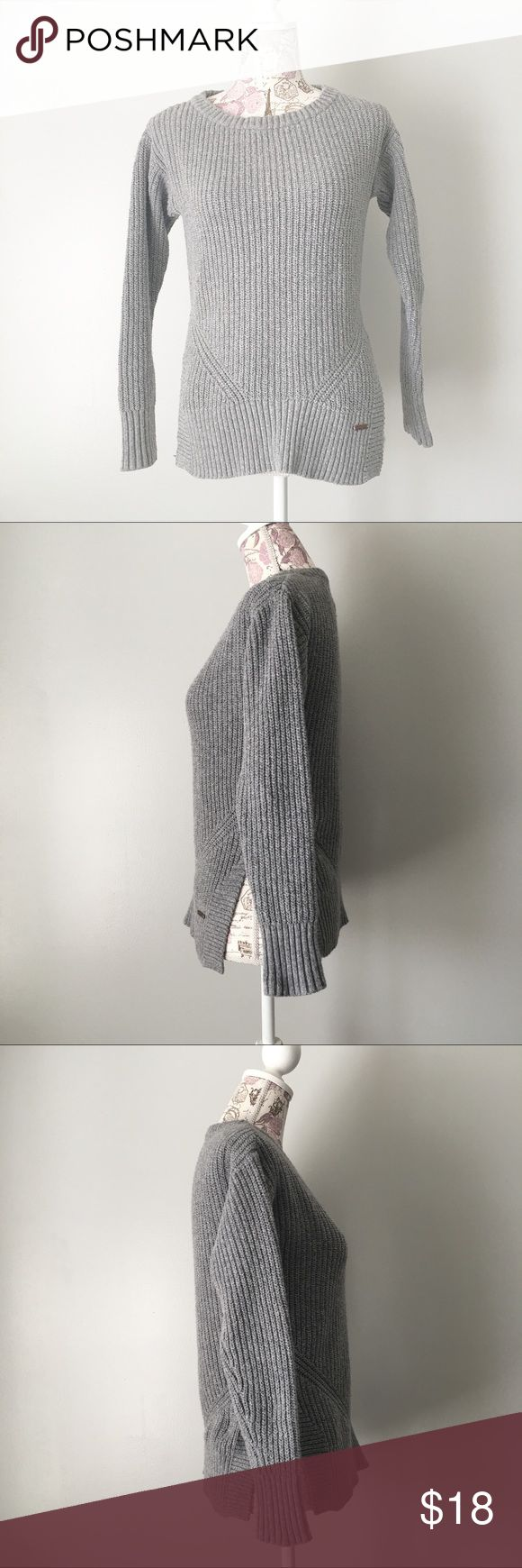 Gray Toms Sweater with side slits Time gray sweater with side slits. Size Large. EUC TOMS Sweaters Crew & Scoop Necks