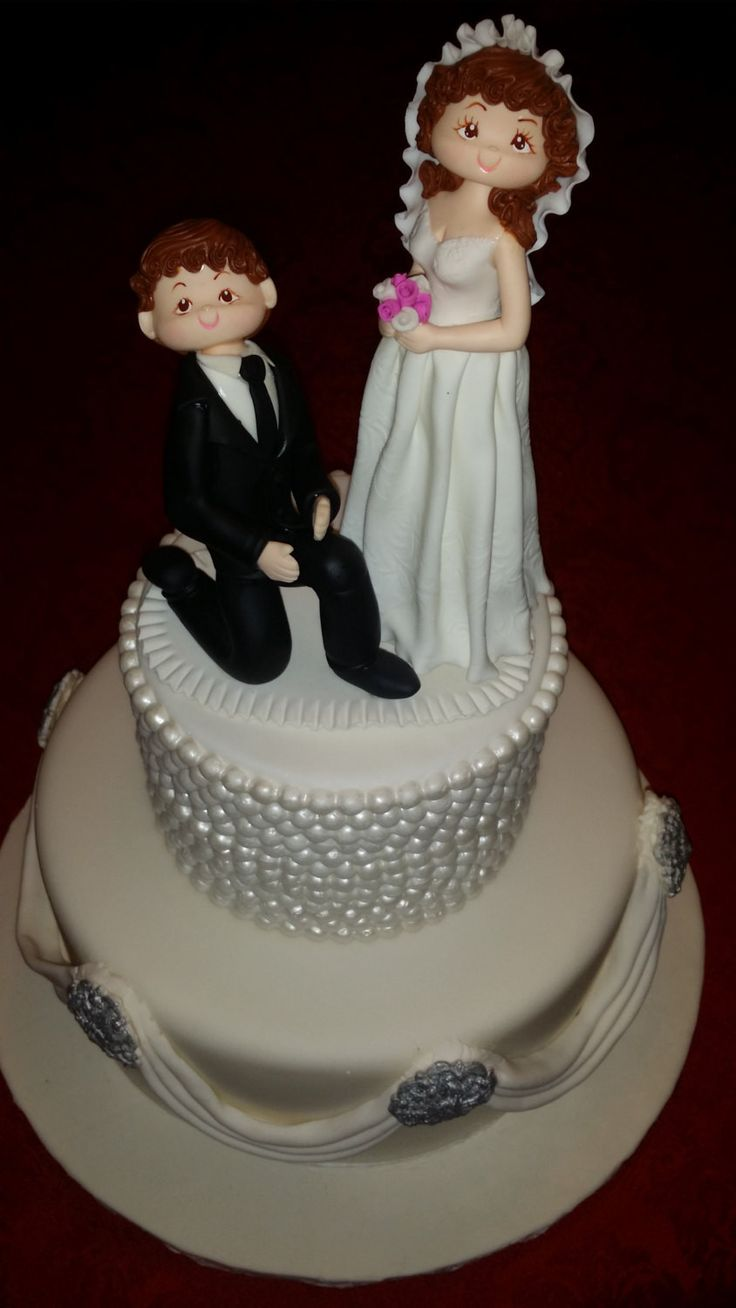 1000+ Ideas About Funny Wedding Cake Toppers On Pinterest