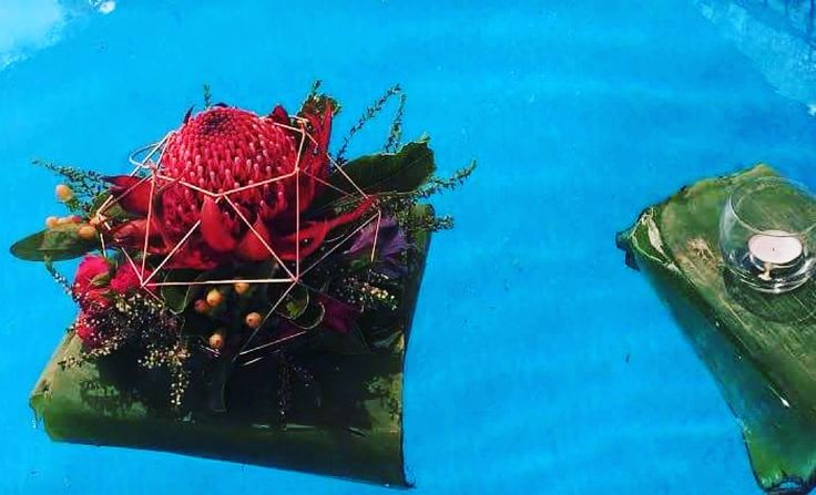 Pool decor with geo holder and Waratah