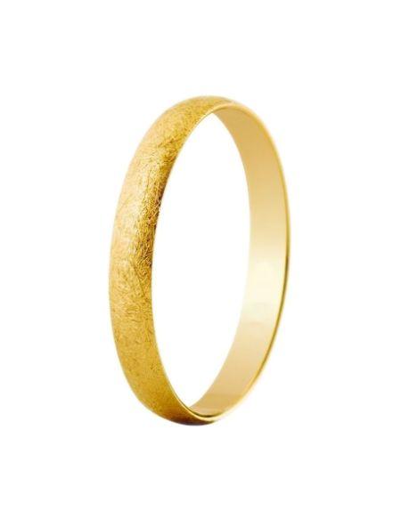 ALIANZA BODA ORO EFECTO HIELO. Alianza de media caña con el nuevo efecto hielo. Imitando las grietas que se expanden en el hielo, nuestra nueva textura imprime carácter a este precioso anillo de media caña en oro amarillo de 18 quilates.
