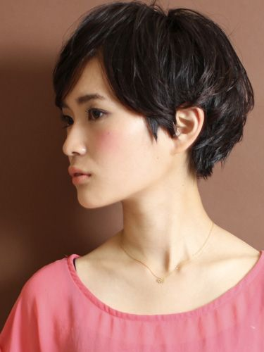 I kinda want to do this to my hair...but I'm afraid people will think I'm a boy.