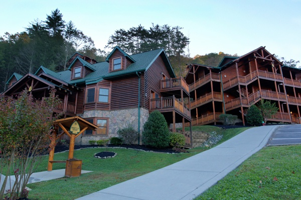 17 best images about westgate smoky mountains gatlinburg for Smoky mountain cabins on the water