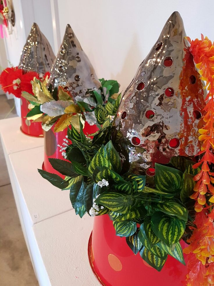 Volcano Hat series in Everything the Rises @ Back to Back Galleries, Cooks Hill.