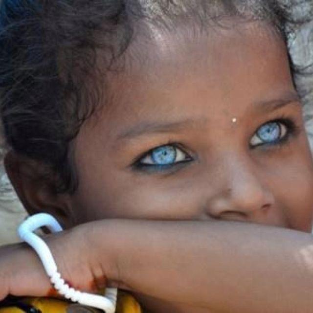 Una niña afgana .... qué ojos !!!!
