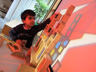 Reggio Inspired Overhead Projector Play and Learn Ideas