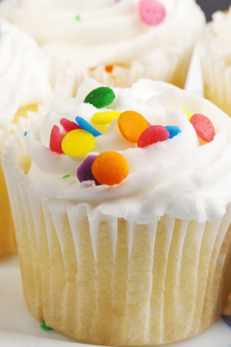 White Cake Dessert Recipe: Cakes Desserts, Baking Powder, Simple White ...
