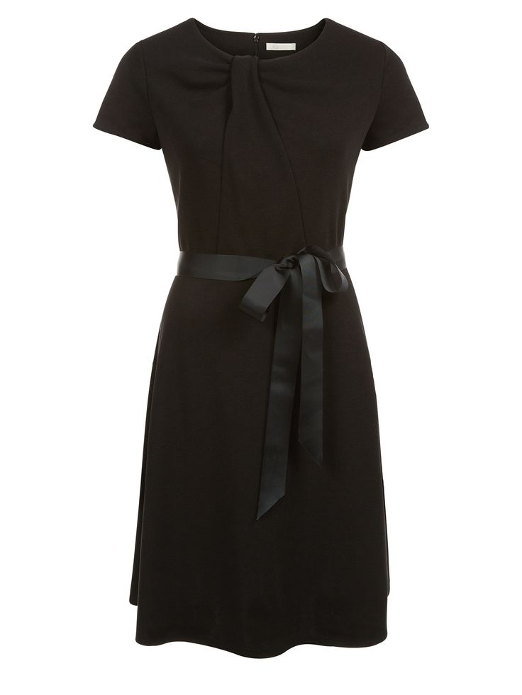 Kaliko jersey dress in an A-line shape and flattering round neckline, with a twist detail design was €119 now only €39! Available in black and navy.
