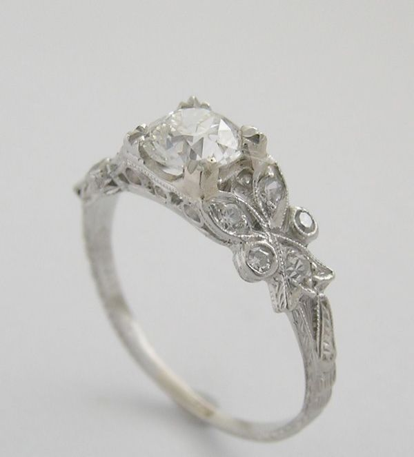 Shared What To Do With Old Engagement Ring Setting Diamond Engagement Rings Vintage Wedding Rings Vintage Antique Engagement Rings
