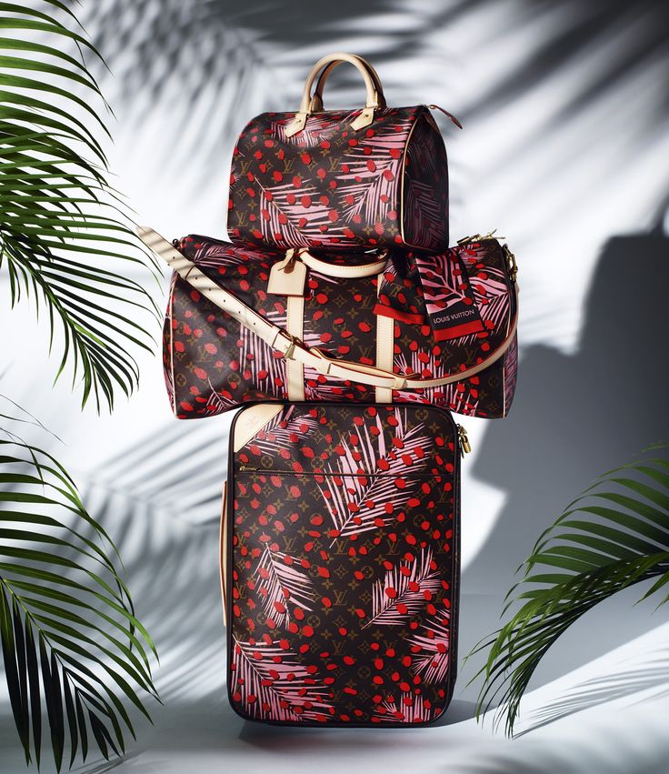 Make every trip an adventure with the travel pieces from the Louis Vuitton Summer 2016 collection.