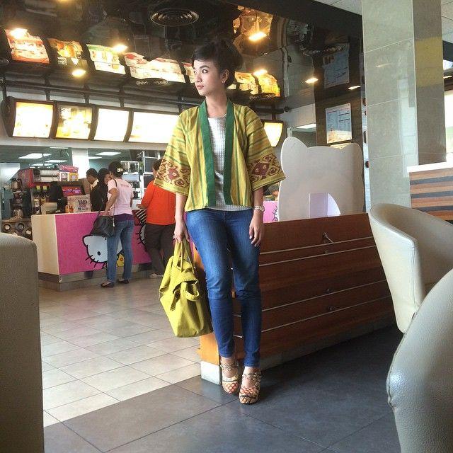 Handwoven Kimono Cardigan by Swanstwenty... make urself fashionable with www.swanstwenty.com .. we ship worldwide