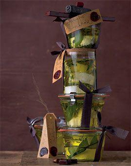 Eingelegter Ziegenkäse - Herzhafte Geschenke aus der Küche: Essig, Öl & mehr - [LIVING AT HOME]