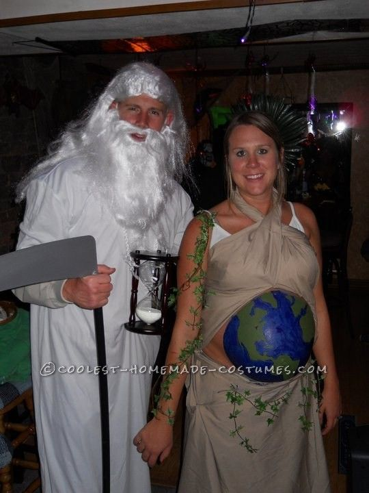 original costume idea for a pregnant couple mother earth and father time - Pregnant Halloween Couples Costumes