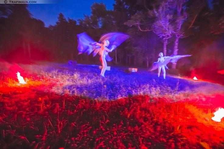 #teart #litva #performance #dance #masquerade #stilts #magik #live #statue #freak #theater #теарт #литва #перформанс #бал #маскарад #ходули #магия #живые #статуи #фрик #театр