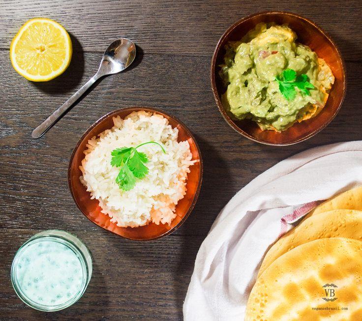 http://english.veganosbrasil.com/2015/01/26/raw-avocado-coconut-curry/