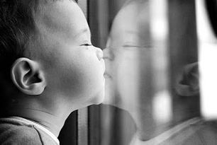 Η άσκηση του καθρέφτη για αποδοχή και αγάπη του εαυτού