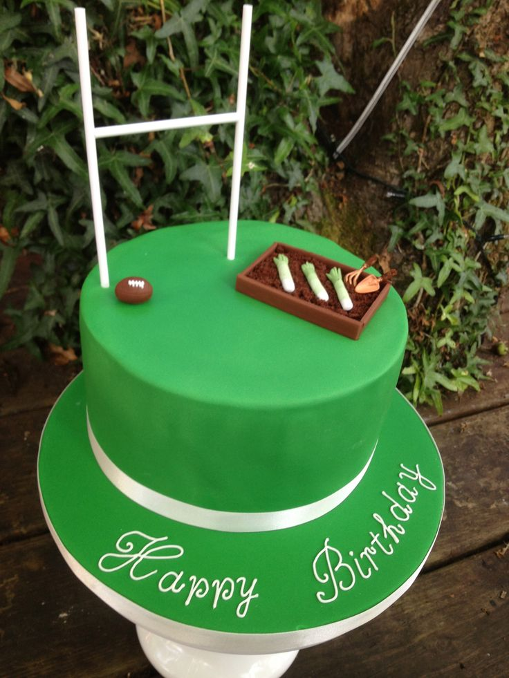 welsh rugby gardening cake www.s-k-cakes.co.uk