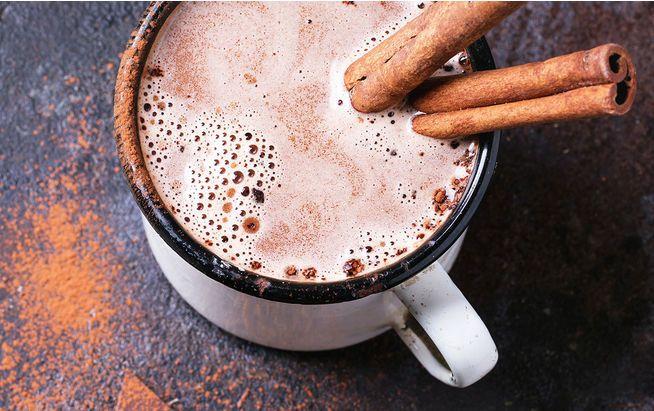 Heiße Schokolade gibt's jetzt auch gesund: Die 5 leckersten Varianten.
