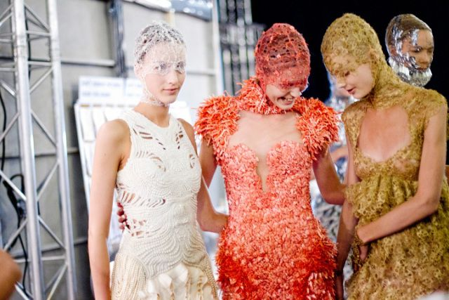 Fashion inspiration: Sea creatures in Alexander McQueen's Spring/Summer 2012 | Edel Scope