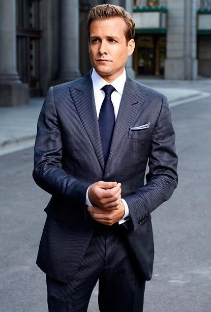The show that blew my mind away. Can i have that suit Harvey =D (SUITS) AWESOME SUIT!!