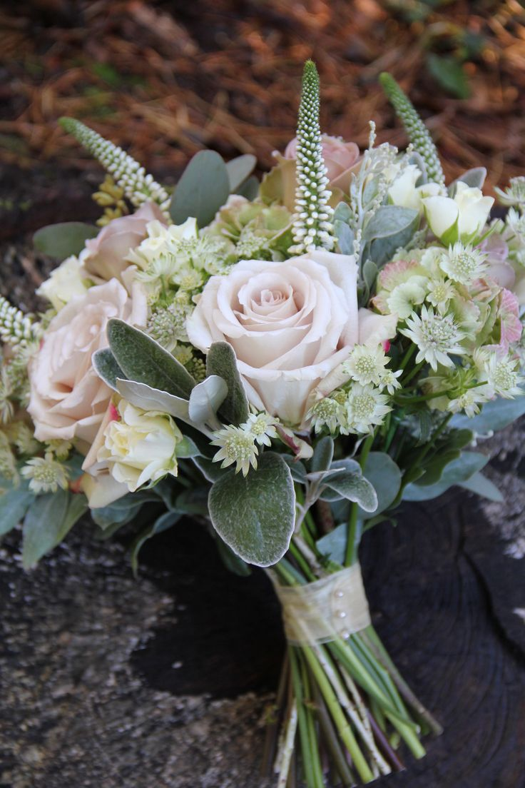 Antique pink bouquet by Florist in the Forest- I like the shape of the bouquet here