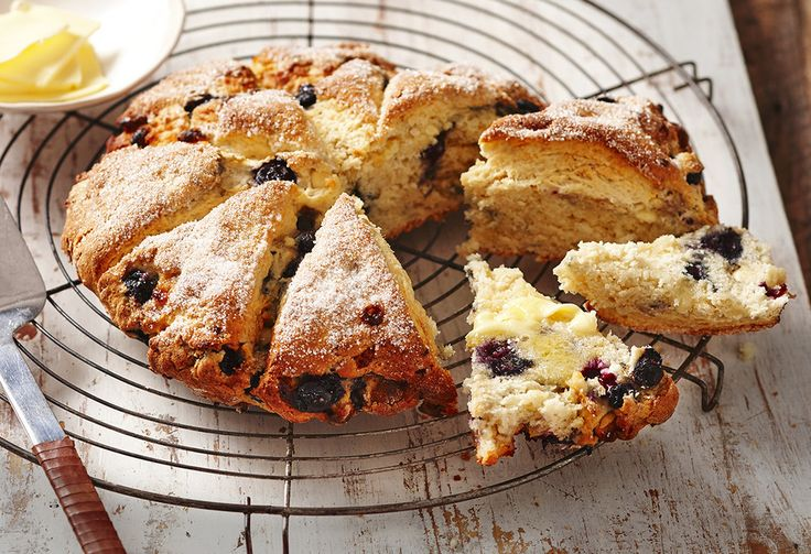 If you love your scone afternoon teas, try this scone recipe with a twist! Warm blueberry scones with white chocolate, crumble and melt as you devour them…