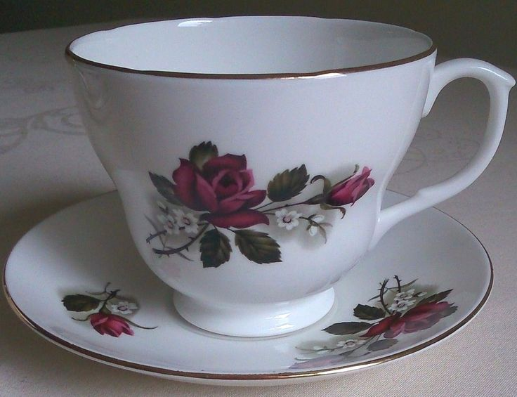 PALL MALL LOVELY VINTAGE BONE CHINA RED ROSE LARGE 300ml CUP + SAUCER SET, EXC!