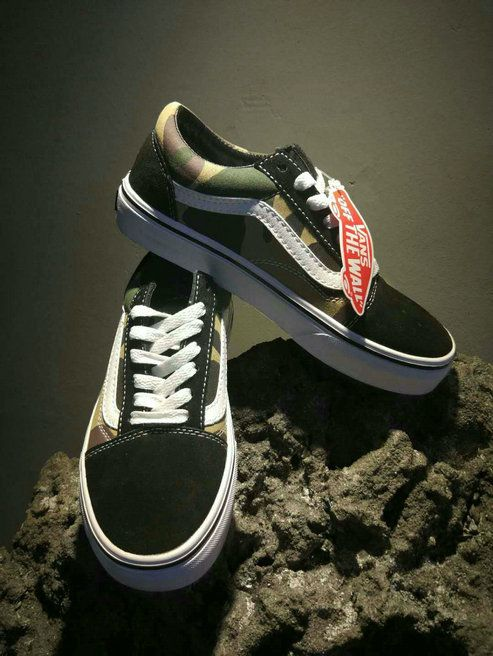 7b6226db44a0b6 Vans Classic Old Skool Winter Camo Low Top Retro Canvas Shoe OG05 Vans For  Sale  Vans