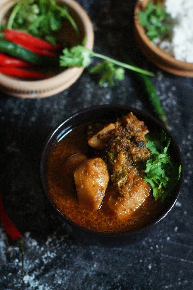 Arvi Gosht Recipe-A delicious and absolutely incredible arbi gravy made with mutton in tamarind sauce