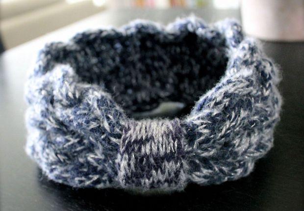 Un bandeau tricoté argenté Le bandeau de la blogueuse Bric' n' Broc, sur le même modèle, tient bien chaud mais avec une touche de fil argenté pour le détail féminité. Retrouvez Bric' n' Broc sur sa page Hellocoton.