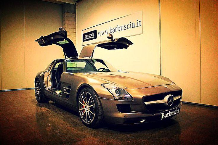 La stella di un'altra galassia. 571cv. Design unico.Mercedes-Benz #SLS #AMG. #mercedesamg #mercedes #mercedesbenz #carporn #luxury #picoftheday #bestoftheday #follow #bestpicture #instagood #beautiful #action #bestphoto #bestdealer #car #caroftheday #amazingcars #italy #daimler #tagsforlikes