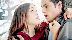 Look at how kind he is and how lydia looks at him - GIF my ship