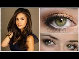 """Tutorial per truccarsi come le """" Star """" https://angieclausblog.wordpress.com/2014/08/06/make-up-by-star/"""