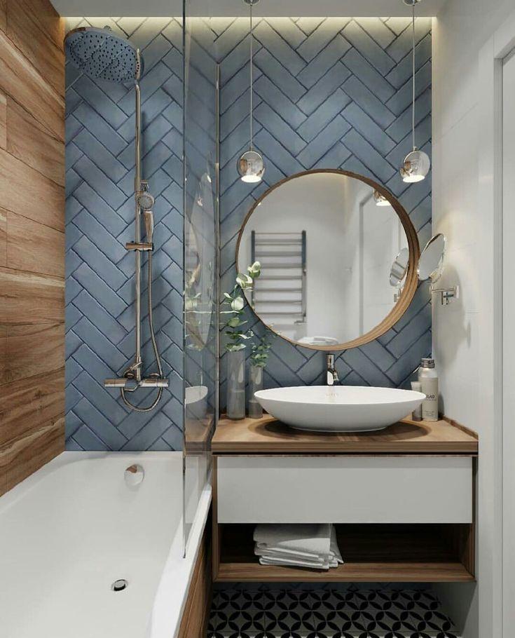 Micro baie… În dreapta chiuvetei la noi este to…