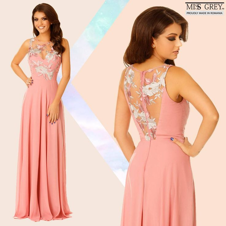 Look fabulous at all the special occasions wearing feminine and precious dresses. The pink Serene dress will make you feel chic and elegant.