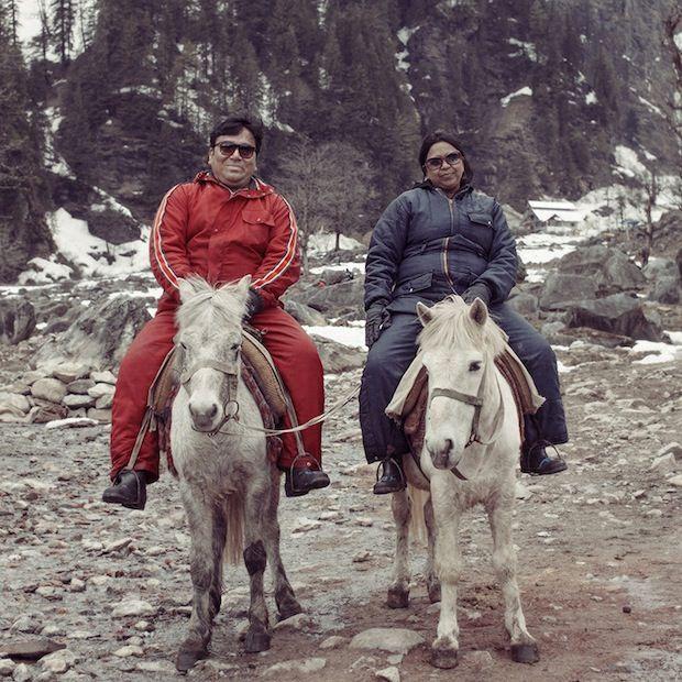 Cette photo est extraite d'un reportage sur les loisirs des Indiens, de Luisa Dörr, brésilienne, et Navin Kala, indienne. Voir leurs sites : http://www.luisadorr.com/  http://navinkala.blogspot.fr/