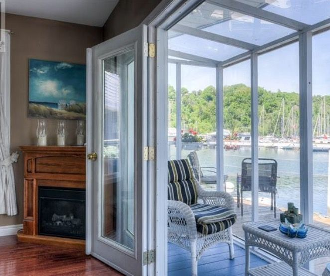 For Sale - Toronto Float Homes
