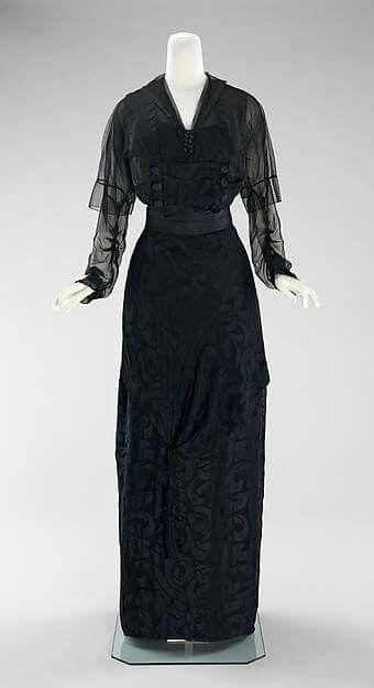 1910-1912 Silk evening dress by Miss Beckie.