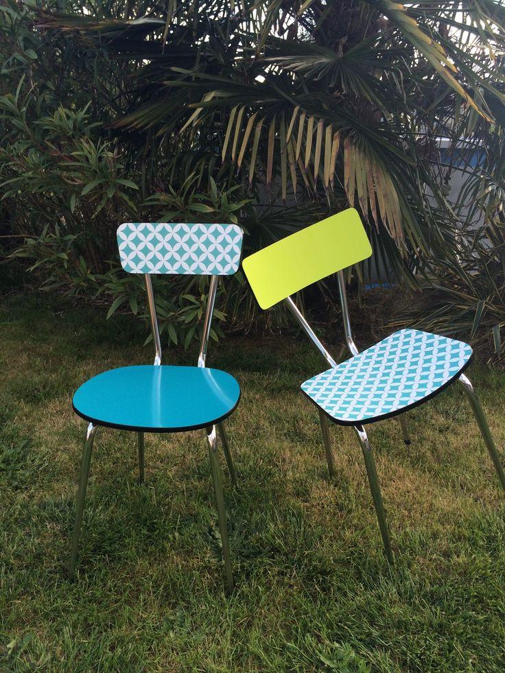 Chaise en Formica restaurées et customisées bleu et anis : Meubles et rangements par pascheretbienrange